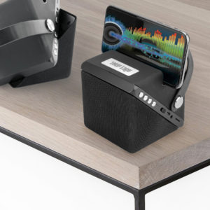 1582 TWIST WIRELESS CHARGER & SPEAKER table